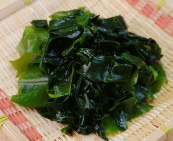 Wakame (algue brune)